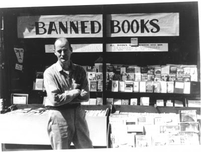 Lawrence Ferlinghetti outside City Lights Bookstore